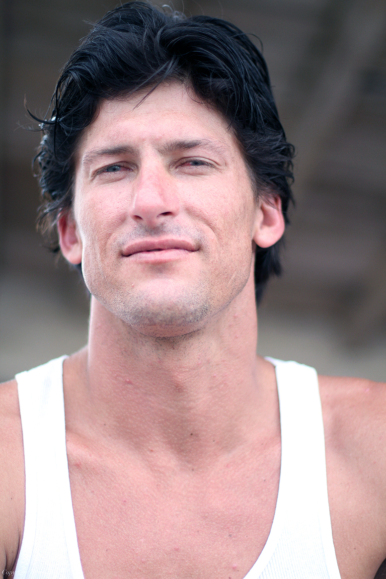 Bruce Irons blk hair